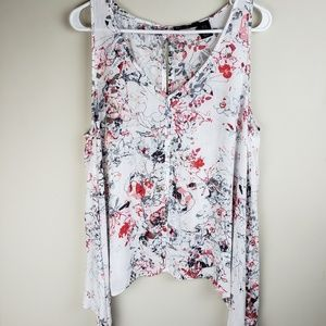 DKNY | Sleeveless Floral Shark Bite Top